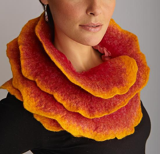 Sunrise Rose Scarf by Jenne Giles